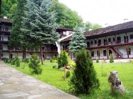 Двудневна екскурзия - Троянски манастир